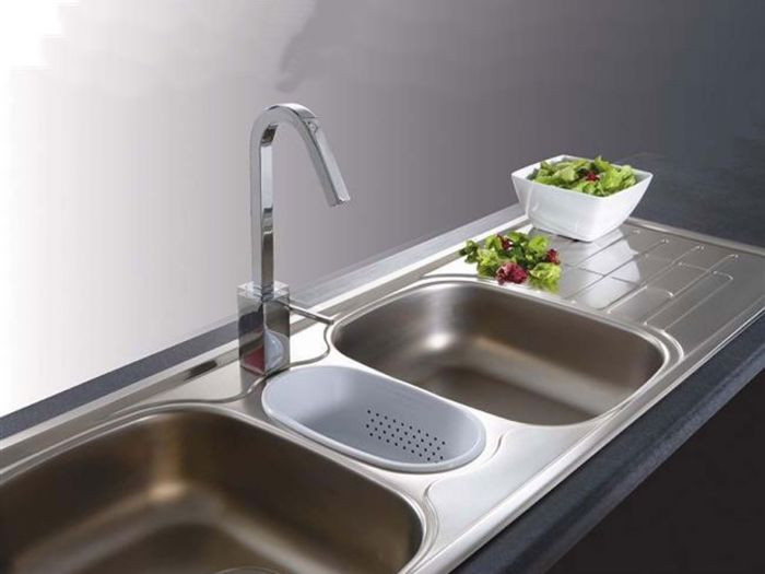 Franke Cascade Sink With 3 Wastes And Plastic Inset CDX671 - 1360 x 500mm